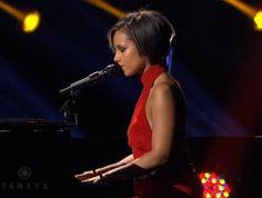 Alicia Keys! http://www.iheart.com/artist/Alicia-Keys-56563/
