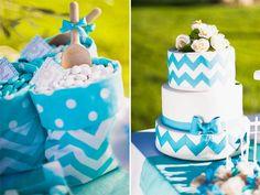 blue chevron wedding cake | apulia wedding inspiration shoot | see more on http://weddingwonderland.it/2014/02/matrimonio-italoamericano-in-puglia.html