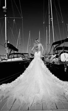 wow #wedding picture dress Galia Lahav 2013