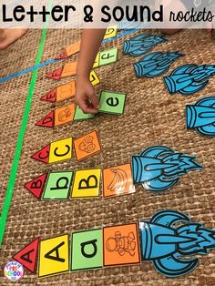 Space letter and sound game! Space theme activities and centers (literacy, math, fine motor, stem, blocks, sensory, and more) for preschool, pre-k, and kindergarten