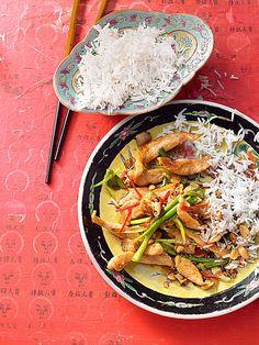 Gong Bao Chicken mit Curry und Hähnchen