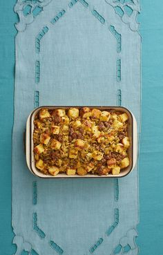 Cornbread Dressing With Sausage and Apples Is a Thanksgiving Must-Havethepioneerwoman Thanksgiving Dinners, Holiday Meals, Thanksgiving Side Dishes, Holiday Dinner, Holiday Recipes, Cornbread Dressing With Sausage, Christmas Foods, Ree Drummond, Table Scapes