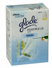 Glade Essential Oil Clean Linen Electric Refill Glade Essential Oil contains natural plant oils that offer you a distinctive scent. Glade is the fragrance you are looking for to consistently and evenly freshen your home! Essential Oils Cleaning, Air Freshener, Scented Candles, Health And Beauty, Electric, Fragrance, Essentials, Plant, Natural