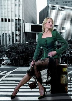 Simone Weghorn  - Modedesign; Jagdcouture, Blazer, Loden, grün, Knöpfe, elegant, Rock, Spitze, Transparenz