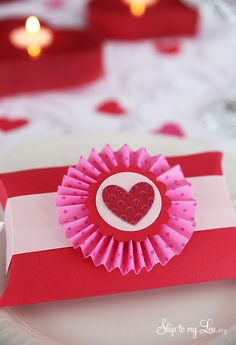 How to make DIY Valentine's Day pillow box party favors #gift #make #valentine skiptomylou.org