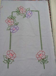 Rose Embroidery, Embroidery Stitches, Embroidery Patterns, Button Hole Stitch, Cute Asian Babies, Hand Embroidery Tutorial, Cross Stitch Heart, Prayer Rug, Doodle Patterns