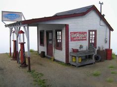 1930s gas station images | 2005 1930s Gas Station w Pumps by Evergreen Hill Designs O Scale Kit