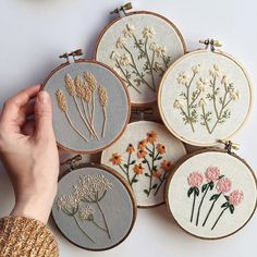 Back to stitching Alberta Wild things. Whenever I'm lacking inspiration, or in a creative slump, I always come back home 🌿Ps. New shop listings soon! Stay tuned ❤️ via Likes, 94 Comments – floralsandfloss ( Learn how to embroider tips for hand em Embroidery Hoop Art, Hand Embroidery Patterns, Cross Stitch Embroidery, Floral Embroidery, Embroidery For Beginners, Embroidery Techniques, Embroidered Flowers, Diy Broderie, Cross Stitching