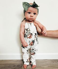Beautiful Baby Girl Chanel Like Outfit This was my favorite outfit for my daughter … Beau… – Cute Adorable Baby Outfits Baby Kind, My Baby Girl, Baby Baby, Baby Girl Romper, Baby Girl Headbands, Baby Girl Stuff, Cute Baby Stuff, Baby Girl Closet, Baby Dress
