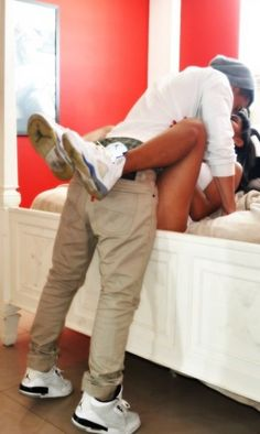 cute couple poses on tumblr | Cute Couple Pictures With Jordans