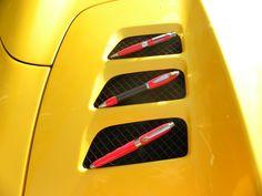 stylos ferrari plume,bille ou roller dispo sur www.univers-gt.com Roller, Ferrari 458, Car, Italia, Automobile, Vehicles, Cars