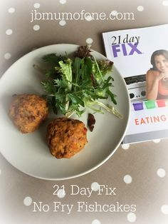 So I am currently on a bit of a health and fitness mission. I have decided that 2017 is the year to finally whip myself into some kind of half decent shape. In order to help me achieve this I have … Lunch Recipes, Gourmet Recipes, Healthy Recipes, Healthy Food, Fish Cakes Recipe, Pear Tart, Fishcakes, Dried Vegetables, Mashed Sweet Potatoes