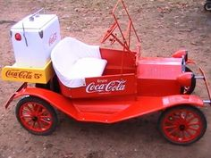 Sep 2016 - Coca-cola-parade-car-Dallas Hope you'll check out my four other Coca Cola boards. Coke Ad, Pepsi, Cocoa Cola, Always Coca Cola, World Of Coca Cola, Vintage Coke, Kids Ride On, Pedal Cars, Drinks