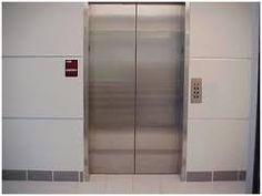 """Résultat de recherche d'images pour """"ascenseur immeuble"""" Divider, Images, Room, Furniture, Home Decor, Elevator, Search, Bedroom, Decoration Home"""