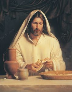 CATHOLIC TEACHINGS: The breaking of the bread is done as a ritual during the sacrament of the Eucharist. it is a preparation for one to receive Jesus Christ himself Lords Supper, Last Supper, Images Bible, Bible Photos, Image Jesus, Fhe Lessons, Sabbath Day, Happy Sabbath, Pictures Of Jesus Christ