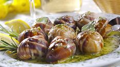 Snails Recipe, Finger Foods, Garlic, Food And Drink, Vegetables, Luxembourg, Buffet, Fitness, Onions