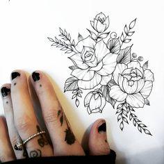 4,663 отметок «Нравится», 32 комментариев — Идеи татуировок (@tattoopins) в Instagram: «Нежные цветы от@jherellejaytattoo»