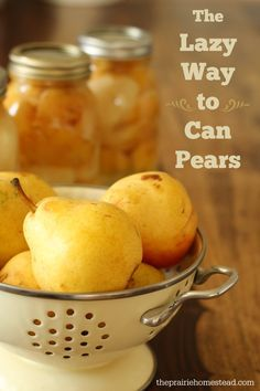 """TUTORIAL on Canning: """"How to can pears without sugar"""" (aka the method for lazy people!) - This is neat & easy, and includes a complete water bath canning tutorial ♦️♦️ Also on the Page is a link for """"Rustic Pear Tart with Cream"""" Canning Tips, Home Canning, Canning Recipes, Easy Canning, Fruit Recipes, Real Food Recipes, Recipes With Pears, Fresh Pear Recipes, Easy Recipes"""
