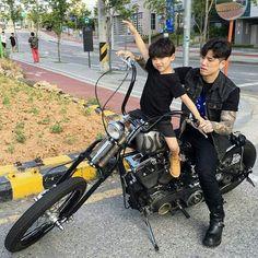 ulzzang kids by: Cute Asian Babies, Korean Babies, Asian Kids, Cute Babies, Ulzzang Kids, Korean Boys Ulzzang, Ulzzang Couple, Dad Baby, Baby Kids