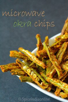 Microwave Ladies Finger Fries / Microwave Bhindi Chips / Microwave Bhindi / Microwave Vendaikai Fries / Okra Chips / Microwave cooking / Bachelors recipes / Microwave Recipes / How to make . Paratha Recipes, Paneer Recipes, Vegetable Recipes, Veggie Dishes, Veggie Food, Food Food, Side Dishes, Chicken Recipes, Okra Chips