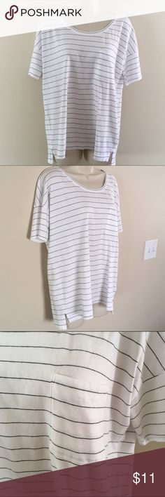 Old Navy Boyfriend Tee Black and white stripes with a pocket and relaxed fit. Very gently used! Old Navy Tops Tees - Short Sleeve