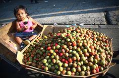 A kid in El Salvador