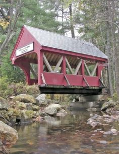 covered bridge driveway: this span is small but stunning By Ian Aldrich, Yankee Magazine. Unique Buildings, Old Buildings, Building A Pond, Landscape Structure, Pond Landscaping, Image Cover, Country Scenes, Covered Bridges, Water Features