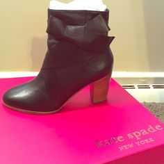 Kate Spade Tracee Bow Boots Gorgeous Kate Spade Bow boots! Absolutely brand new, in original box with paper wrappings and everything! Only took one out to try on but place back in box! Size 7.5 and true to size. kate spade Shoes