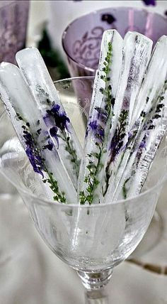 Tall Stick Ice Cubes with Embedded Flowers - what a lovely way to chill a blueberry cocktail or spritzer!
