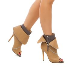 Shoedazzle: Mai