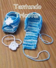 Tentando Tricotar: Mocassin em tricot para bebê - Knitting Crochet ideas - Knitting And Crocheting Booties Crochet, Crochet Baby Shoes, Crochet Baby Booties, Crochet Slippers, Knitted Baby, Baby Knitting Patterns, Baby Patterns, Crochet Patterns, Afghan Patterns
