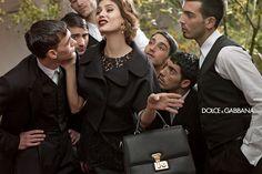Estilos de moda - Moda, estilo y tendencias - Tendencias de moda y consejos de estilismo para vestir. Presentaciones de colecciones de moda con catálogos de vestidos, camisetas, zapatos, bolsos y más.