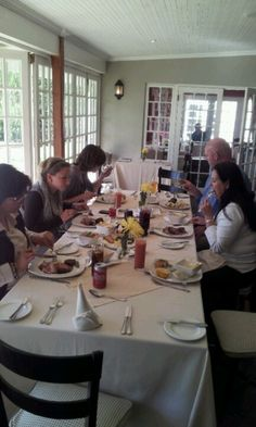 Lunch at Fordoun Hotel in the KwaZulu-Natal Midlands with the team. Kwazulu Natal, Conference, Things To Do, Lunch, Food, Home Decor, Things To Make, Decoration Home, Room Decor