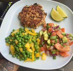 Turkey patty mixed veggies and salsa