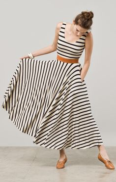 Stripes maxi + brown leather belt and shoes / geometric / summer / casual / i neeeeeed it!