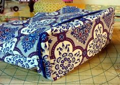 How to Sew a Stiff Base for Your Bags