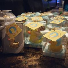 Ducky Duck DIY craft tags dress up these fun baby shower favors! Find the tags at BigDotOfHappiness.com