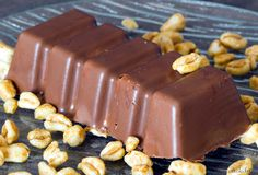 barres cereales - The world's most private search engine Nutella Smoothie, Candy Recipes, Dessert Recipes, Cake Factory, Cereal Bars, Biscuit Cookies, Healthy Snacks For Kids, Healthy Tips, Cakes And More