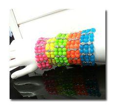 Neonhelmet 5 väriä Neonvärit Kolmerivinen venyvä, strassikoristeinen Fashionrannekoru U.S.A - See more at: http://somemore.fi/tuotteet.html?id=15/535#sthash.6cTK0HJa.dpuf