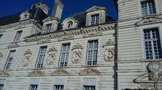Loire Valley, Notre Dame, Trip Advisor, Photos, Mansions, House Styles, Building, Travel, Viajes