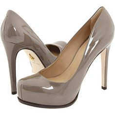 So simple and yet so cute. #shoes #heels