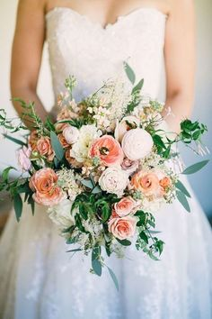 Complete the peach themed wedding with this lovely peach accented bouquet. | Weddings | Flowers | Wedding Bouquets | Flower Bouquets | #flowers #weddingdecor #weddings #bouquet #flowerbouquet |