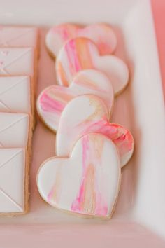 Day Valentine Brunch Watercolor Heart Cookies are perfect for a Galentine's Day or Valentine's Day Brunch!Watercolor Heart Cookies are perfect for a Galentine's Day or Valentine's Day Brunch! Valentines Day Cookies, Valentines Balloons, Kinder Valentines, Valentine Desserts, Valentines Gifts For Boyfriend, Valentine Treats, Valentines Day Decorations, Birthday Cookies, Valentines Day Party