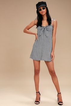 Sweet Pie Black and White Gingham Tie-Front Dress 2 Tie Front Dress, Tie Dress, Women's Summer Fashion, Fashion 2020, Women's Fashion, Gingham Dress, Plaid Dress, Cute Floral Dresses, American Women