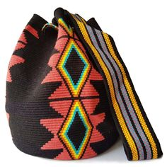 $114.00 USD Traditional single-thread large mochila bags are one of the most iconic crafts in Colombia. Each piece has taken over 20 days to make and is sure to last you throughout the years. Make it your go to bag for this summer. It's hard to have just one! Mochila Crochet, Tapestry Bag, Vivid Colors, Traditional, Make It Yourself, Patterns, Summer, How To Make, Crafts