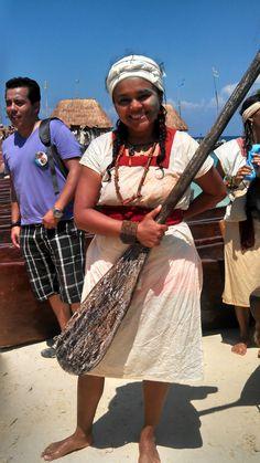 Travesía Sagrada Maya 2013 40% de los canoeros fueron Mujeres!