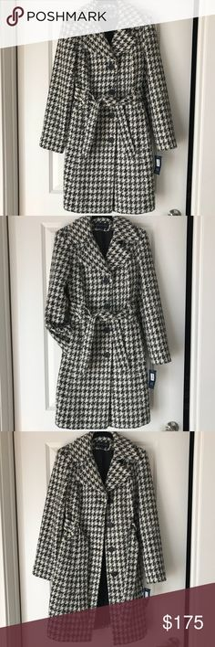 """Anne Klein Houndstooth Long Coat This beautiful Anne Klein knee-length coat is perfect for winter! It has never been worn, and it has been sitting in my closet untouched for far too long! 27"""" from the armpit down. Anne Klein Jackets & Coats Pea Coats"""