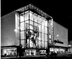 The Department Store Museum: Herpolsheimer Mi Photos, Grand Rapids Michigan, Grand Entrance, Department Store, Back In The Day, Historical Photos, Vintage Christmas, City, World