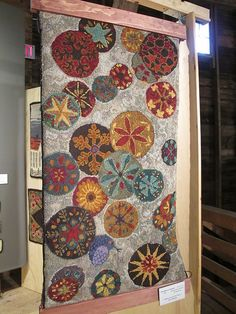 Fabulous hooked rug ... Green Mountain Rug Hooking Guild Show