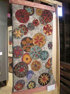Fabulous hooked rug ... Green Mountain Rug Hooking Guild Show